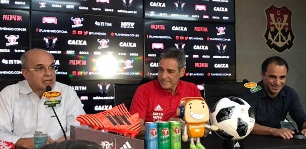 """Carpegiani em sua apresentação; veterano abriu o jogo sobre """"projeto"""" do Fla"""