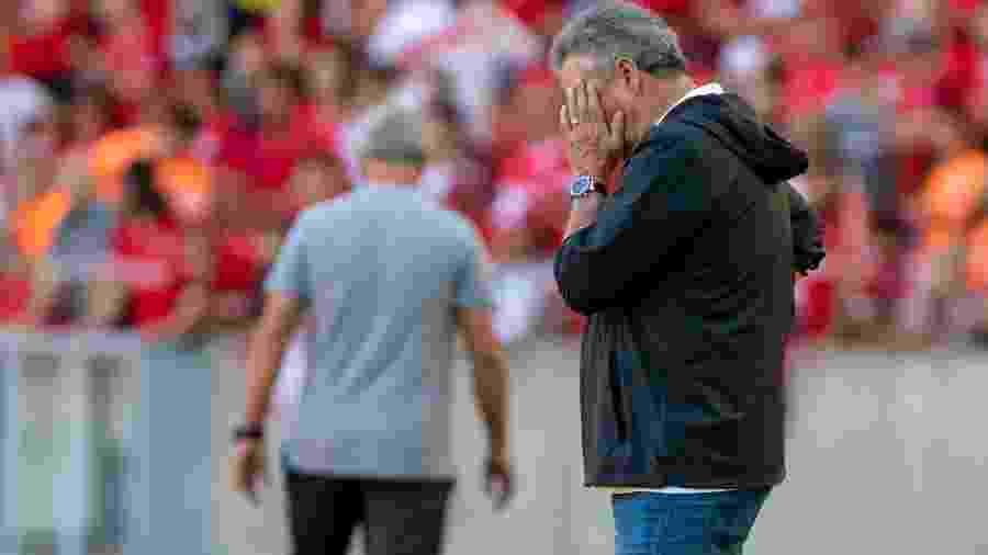 Abel Braga entregará o cargo no Flamengo na tarde de hoje - Jeferson Guareze/Agif