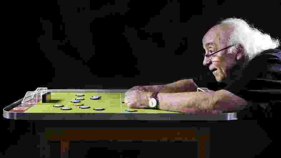 Tostão analisa jogos do passado, agora revistos em tempos de quarentena, e destaca: pinçam momentos históricos - Arquivo/Folha Imagem