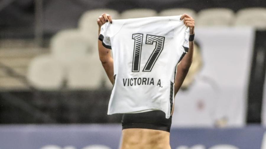 Vic Albuquerque comemora o quarto gol do Corinthians na final do Brasileirão Feminino - Rodrigo Coca/Ag. Corinthians