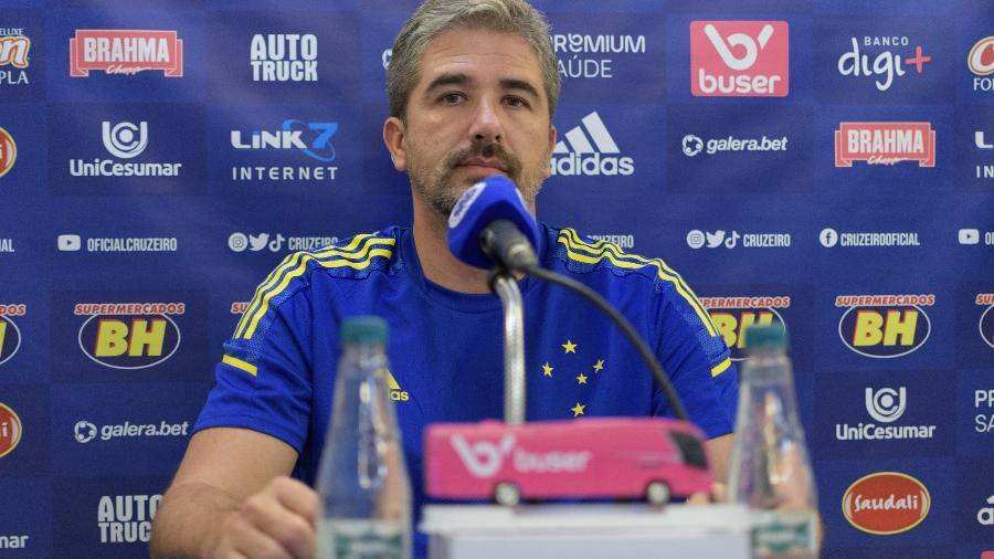 Rodrigo Pastana chegou ao Cruzeiro no começo de junho e até agora não viu o time engrenar na Série B - Gustavo Aleixo/Cruzeiro