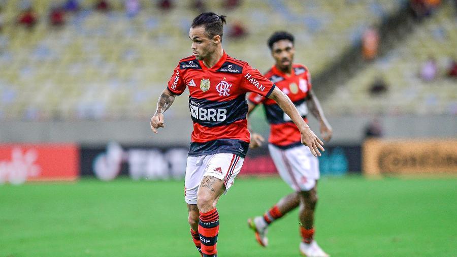 Michael em ação pelo Flamengo, contra o Grêmio, pela Copa do Brasil - Marcelo Cortes/CRF