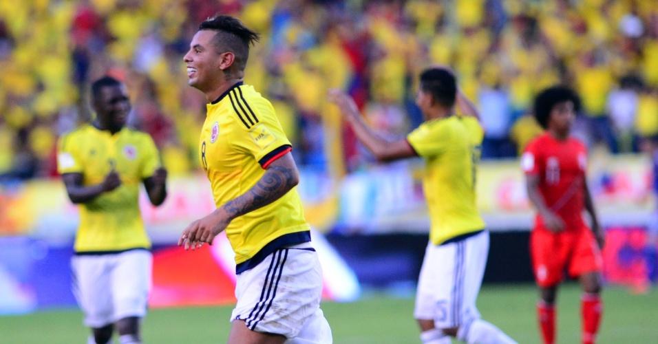Edwin Cardona comemora segundo gol da Colômbia contra o Peru em partida pelas Eliminatórias Sul-americanas para a Copa do Mundo de 2018