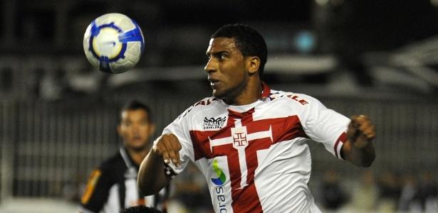 Nilson só atuou quatro vezes pelo Vasco em quatro anos de contrato: não fez gol