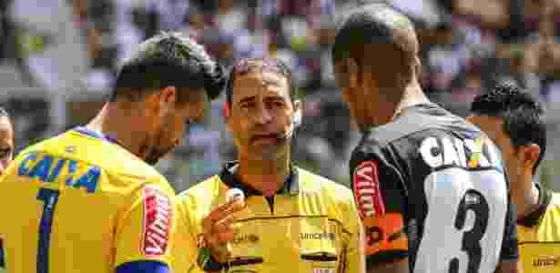 Se vencer o rival, Cruzeiro pode abrir seis pontos de vantagem contra o Atlético na tabela - Bruno Cantini/Atlético MG/Divulgação