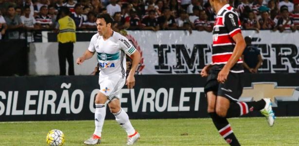 Kleber fez o gol da vitória do Coritiba sobre o Santa, no último fim de semana