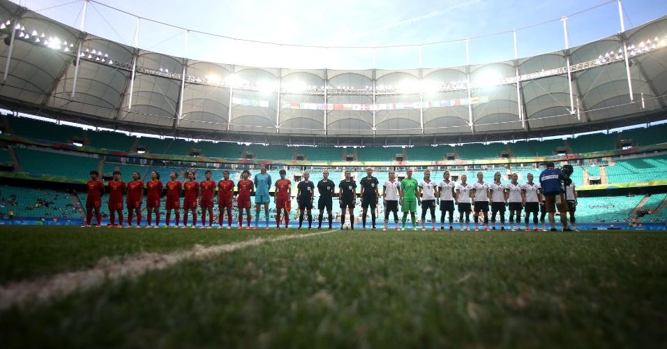 Alemanha e China prontas para a partida na Arena Fonte Nova