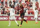 Thiago Heleno recebe aval da Fifa e assina por 4 anos com o Atlético-PR - Giuliano Gomes/Estadão Conteúdo