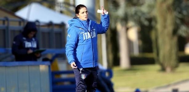 Patrizia Panico substituirá técnico em dois jogos da seleção masculina sub-16 da Itália