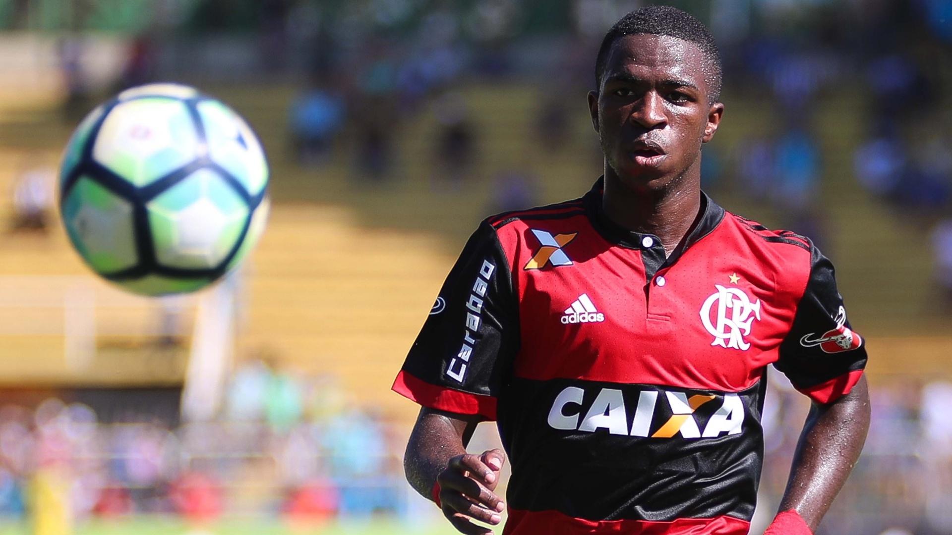 Garoto de R$ 164 milhões: Vinicius Júnior caiu nas graças da torcida do Flamengo