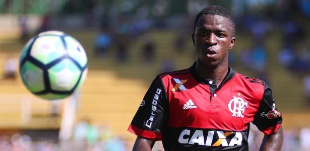 Vinícius Júnior deve ficar no Flamengo até 2019