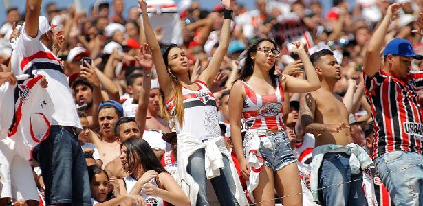 Grupo de torcedores do São Paulo será recebido nesta quarta no CT da Barra Funda