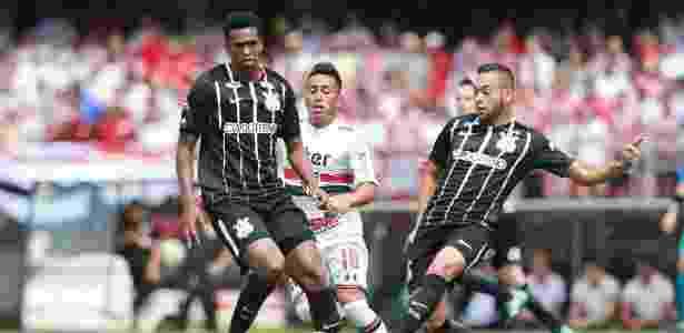 Parceira negocia novo contrato e pode assumir espaço máster do Corinthians b9216ece6851c