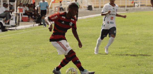 bf8083fa1b Flamengo perde para o Trindade-GO e vê grupo embolar na Copinha - 06 ...