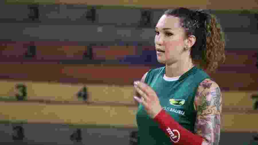 Tifanny Abreu, é uma mulher trans e joga como oposta na equipe de vôlei feminino do Bauru - Neide Carlos/Vôlei Bauru
