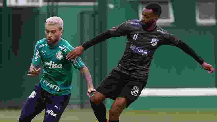 Lucas Lima em ação em jogo-treino do Palmeiras contra a Inter de Limeira - Cesar Greco/Ag. Palmeiras/Divulgação