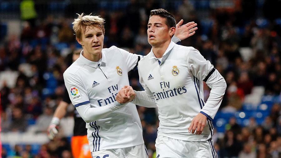 Martin Odegaard comemora gol de James Rodríguez pelo Real Madrid em 2016 - Antonio Villalba/Real Madrid via Getty Images