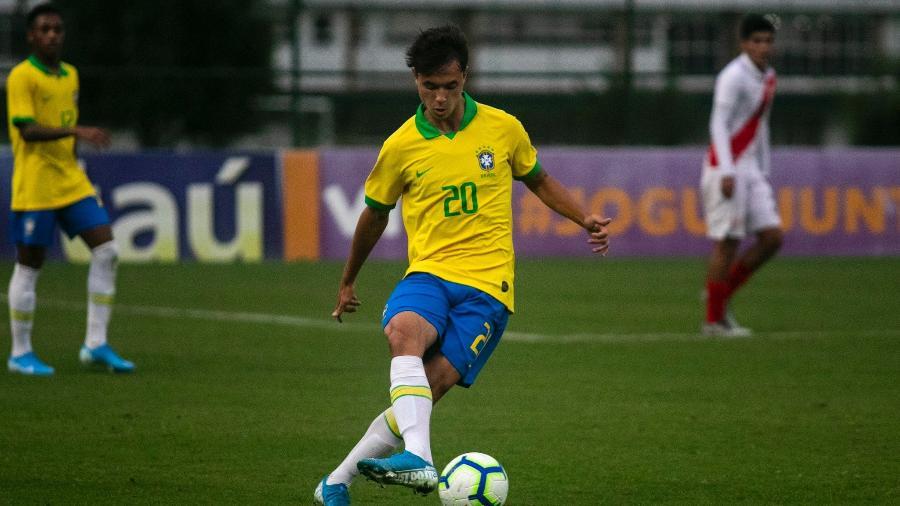 Vinicius Zanocelo chegou à seleção brasileira vestindo a camisa da Ponte Preta - Divulgação/CBF