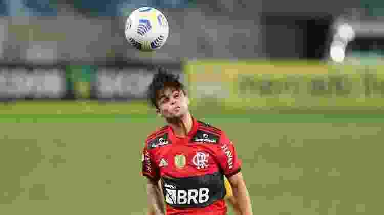 Michael em Cuiabá x Flamengo - Gil Gomes/AGIF - Gil Gomes/AGIF