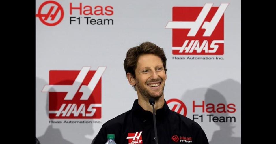 Romain Grosjean é apresentado como piloto da Haas F1 para a temporada 2016 da Fórmula 1