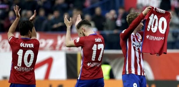 Fernando Torres comemora após marcar seu centésimo gol com a camisa do Atlético de Madri
