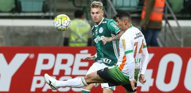Roger Guedes está entre pendurados do Palmeiras para jogo desta segunda
