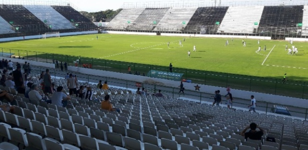 Estádio usado pelo Botafogo em 2016 criou polêmica