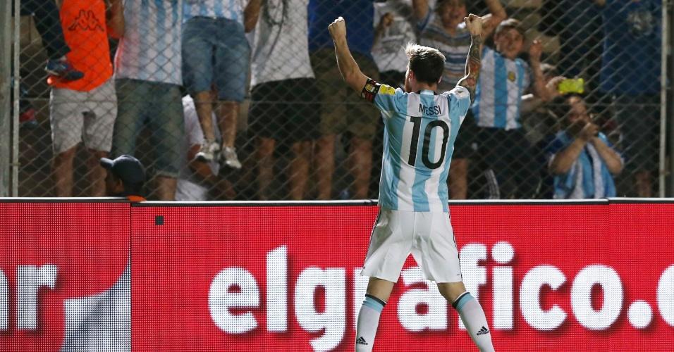 Messi comemora gol marcado pela Argentina diante da Colômbia