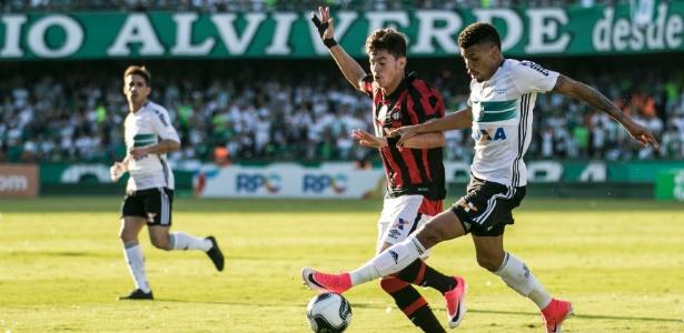 Juninho, zagueiro do Coritiba, interessava ao Palmeiras desde o começo da temporada