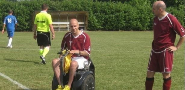Pietro Martire ficou paraplégico aos 25 anos depois de sofrer uma falta - Reprodução/Youtube