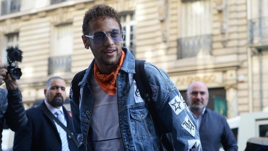 Neymar se apresenta à seleção brasileira, em Paris - Pedro Martins / MoWA Press