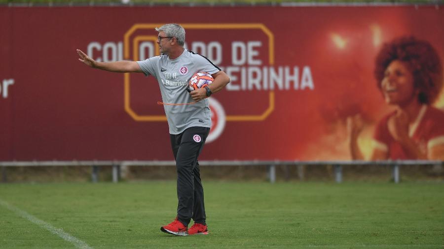 Odair Hellmann comanda treinamento no Inter, em Porto Alegre - Ricardo Duarte/Inter