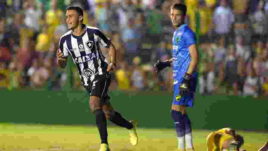 Erik foi decisivo para a classificação do Botafogo com três gols nos dois jogos - Javier Gonzalez Toledo/AFP