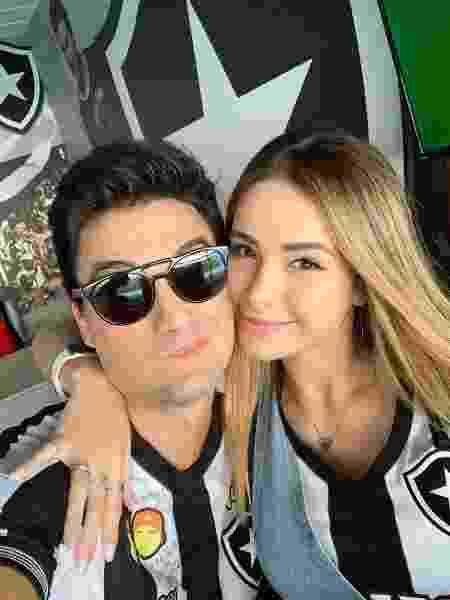 Felipe Neto com a namorada Bruna Gomes - reprodução/Instagram