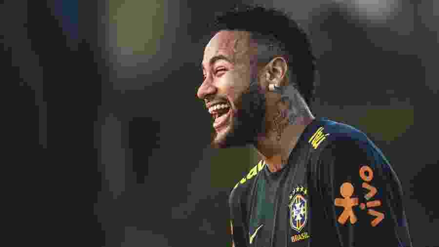 Neymar foi escalado entre os titulares da seleção brasileira no treino em Cingapura - Pedro Martins/Mowa Press