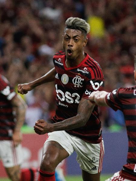 Bruno Henrique comemora gol do Flamengo contra o Vasco - RUDY TRINDADE/FRAMEPHOTO/ESTADÃO CONTEÚDO