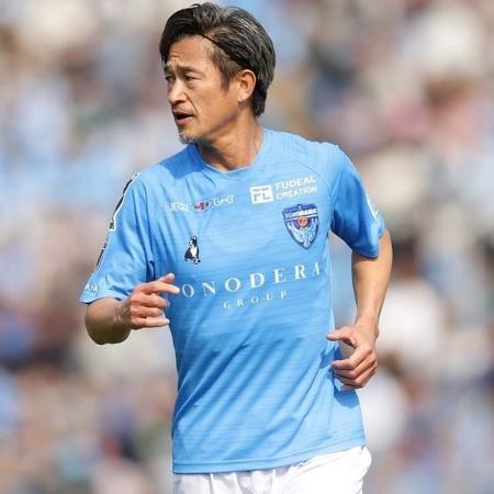 Kazu renovou com o Yokohama FC - Divulgação