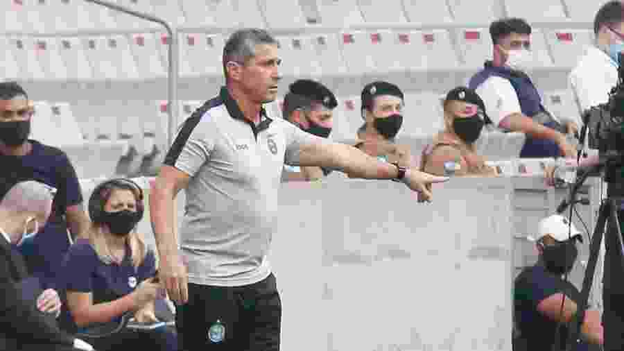Jorginho deixou o Coritiba após derrota contra o Ceará - Gabriel Machado/AGIF