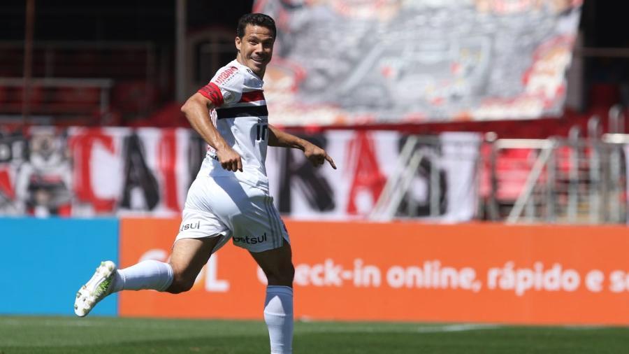 Hernanes comemora gol do São Paulo - Rubens Chiri / saopaulofc.net