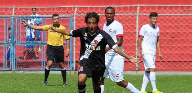Hugo Borges marcou dois gols na vitória do Vasco por 3 a 1 sobre o Nacional
