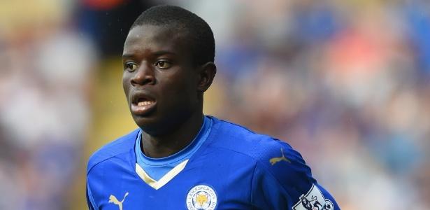 Kante foi eleito melhor volante do Campeonato Inglês após campanha vitoriosa do Leicester
