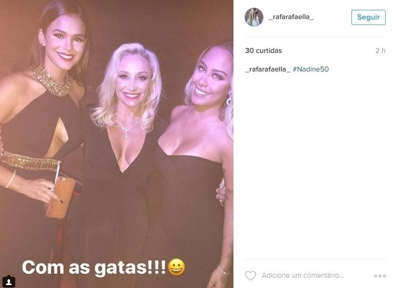 Rafaella e Marquezine na festa de aniversário da mãe de Neymar