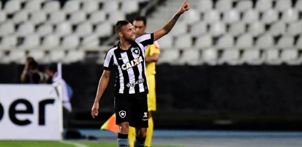 Guilherme está emprestado ao Botafogo e voltará ao Grêmio para próxima temporada