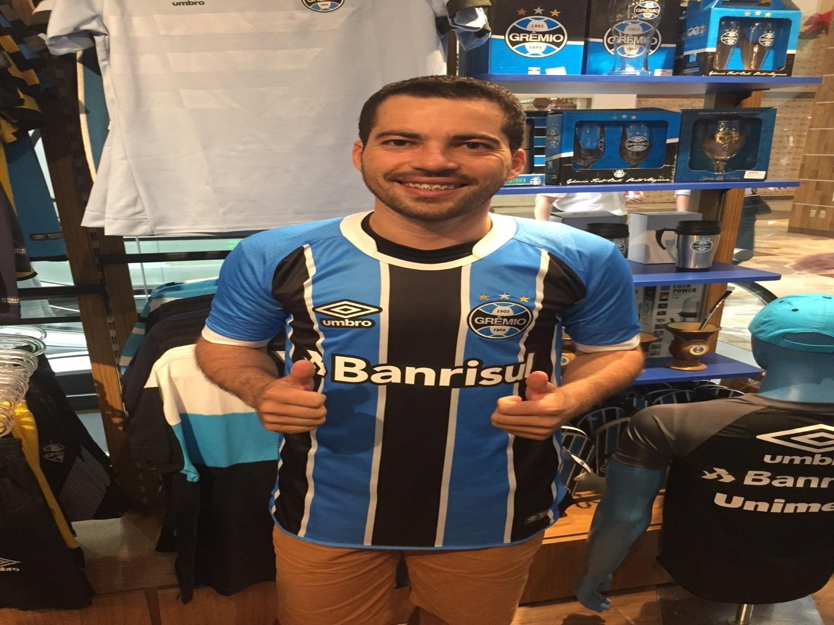 e57f727887eb3 Do Maranhão a Lanús. Gremista cruza o continente para ver time pela 1ª vez  - 29 11 2017 - UOL Esporte