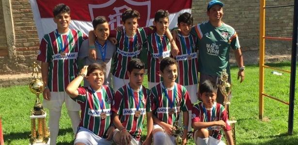 Crianças da escolinha do Fluminense no Chile; clube fez parceria para captar talentos