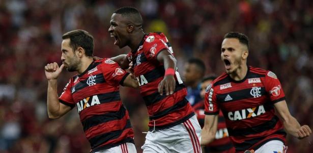 O Flamengo está nas oitavas da Libertadores, mas busca a vantagem na próxima fase