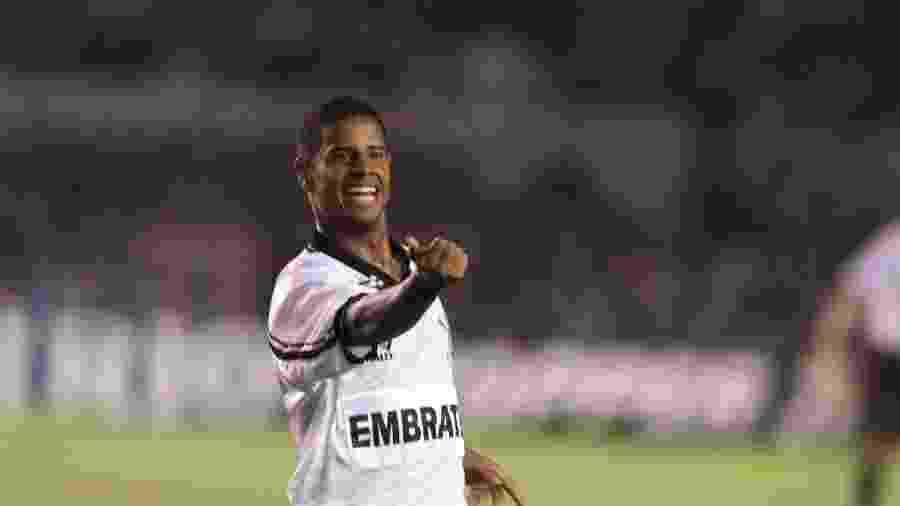 Marcelinho Carioca, o maior artilheiro do Corinthians no Brasileirão unificado - Ormuzd Alves/Folhapress
