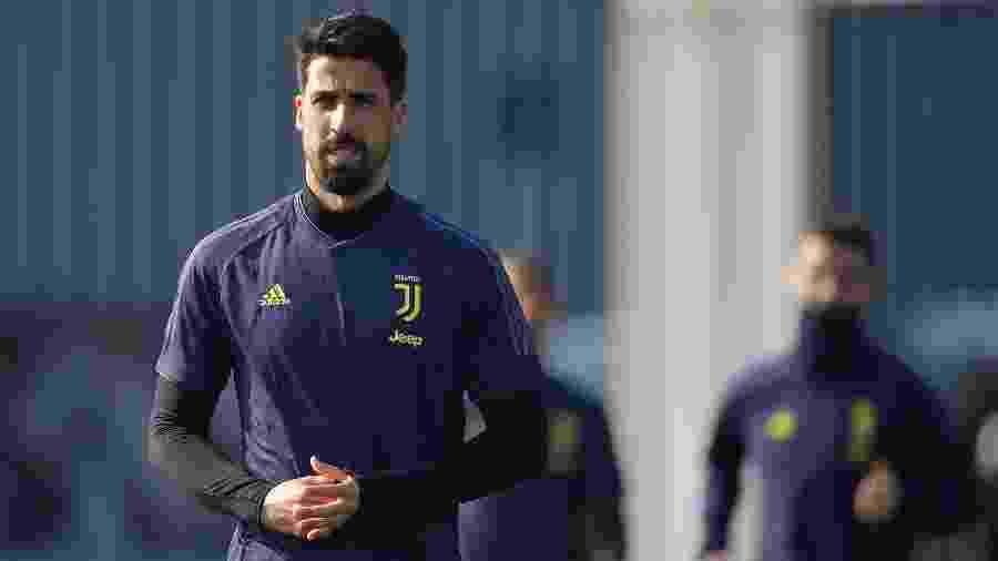 Meio-campista passou por limpeza através de artroscopia no joelho esquerdo - Daniele Badolato - Juventus FC via Getty Images