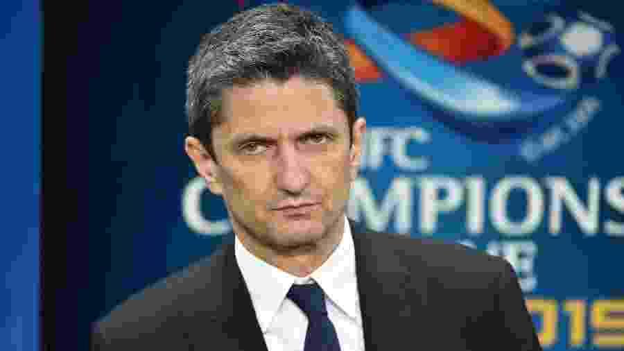 Razvan Lucescu, técnico do Al-Hilal - Fayez Nureldine/AFP