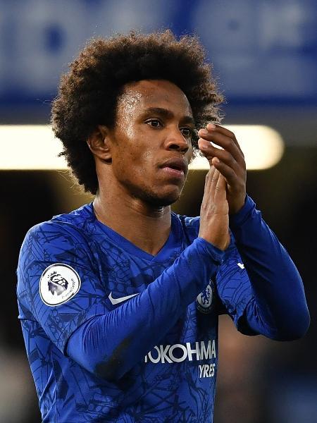 Willian, do Chelsea, em jogo contra o Burnley - Ben Stansall/AFP